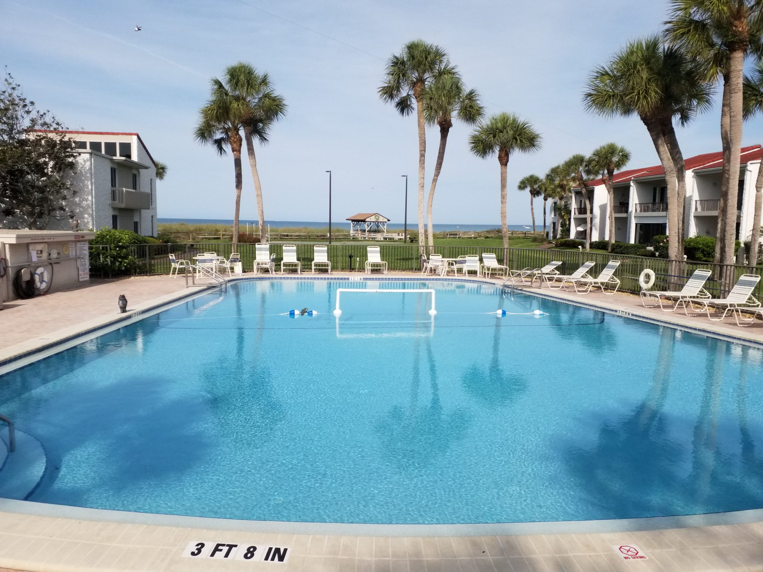 500-park-aldea-mar-heated pool